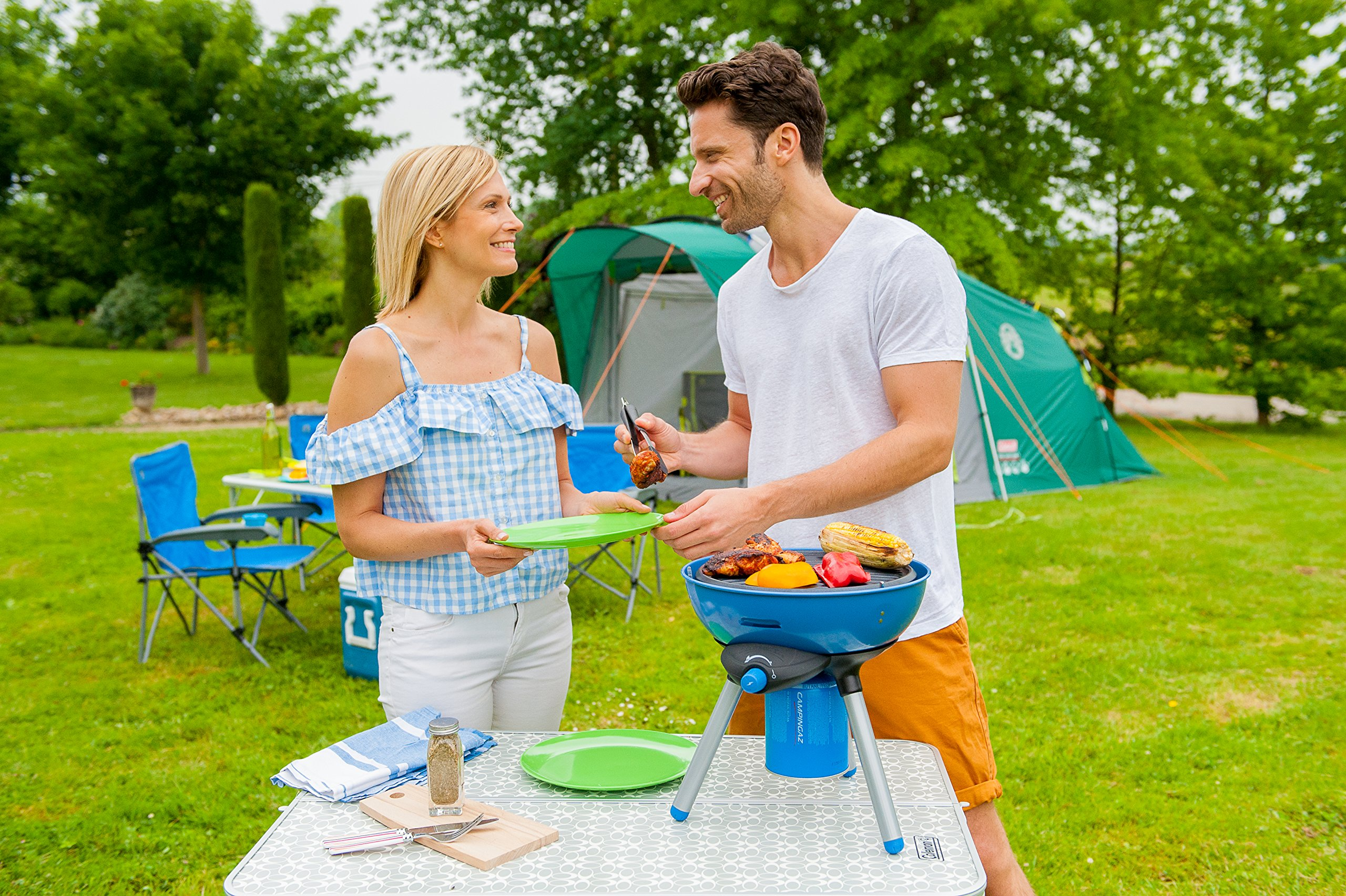 Campingaz Party Grill 200 Camping Stove, All in One portable Camping BBQ, Outdoor Grill & Stove, Small Gas Barbecue 2.000 Watt, Runs on CV 470 Plus Gas Cartridge 15