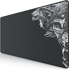 Titanwolf XXL Speed Gaming Mauspad | 900 x 400mm | XXL Mousepad | Tischunterlage / Large Size | mit Titanwolf-Motiv | verbessert Präzision und Geschwindigkeit | Gummiunterseite für stabilen Halt auf glatten Oberflächen | rutschfest | strapazierfähig | 3mm Höhe | schwarz