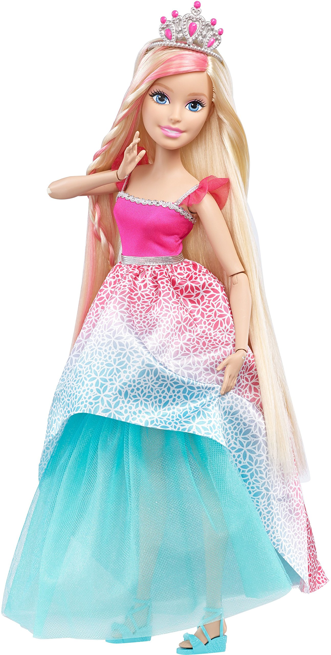 91OUjIasA4L Esta altísima princesa Barbie tiene una melena larga y accesorios de peluquería para divertirse durante horas Viene con un práctico cepillo que también sirve para guardar los accesorios Entre los accesorios de peluquería incluye tres cintas para el pelo con adornos como un lazo o flores, dos cepillos decorados y un pasador con un lazo