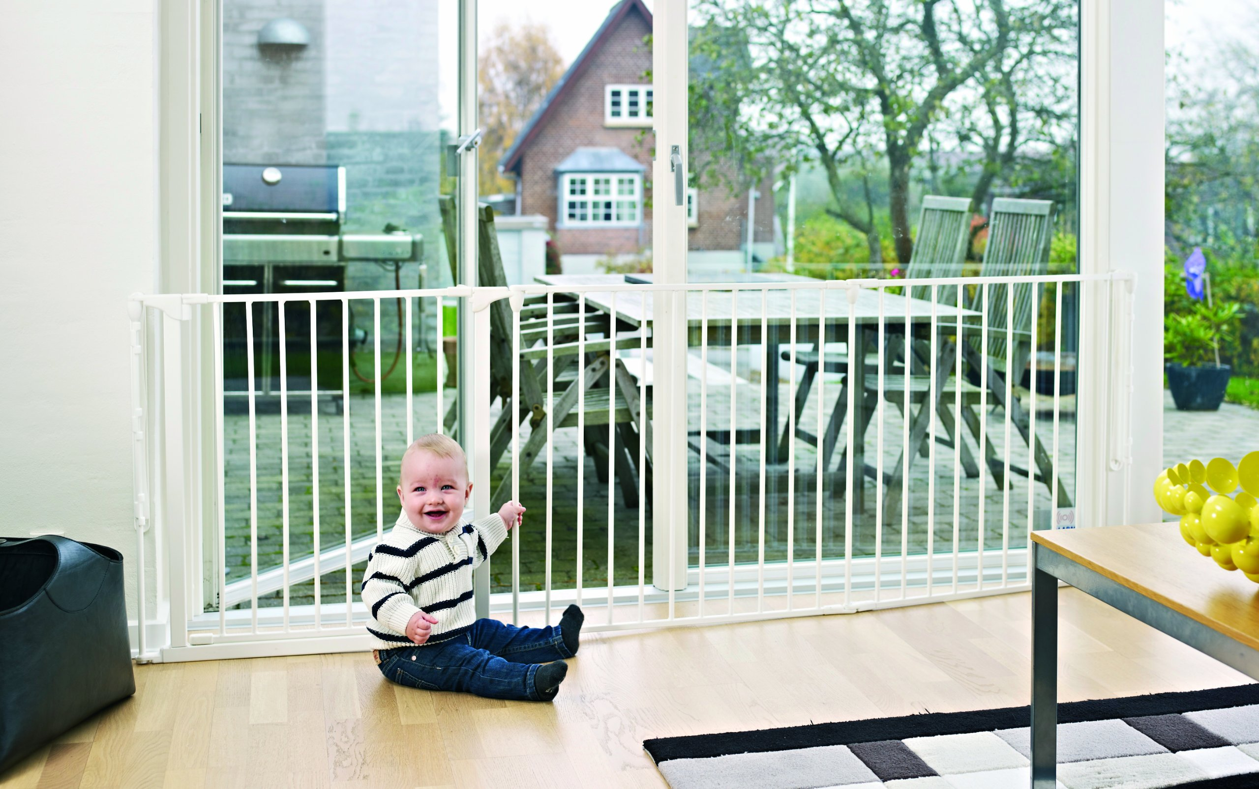 BabyDan Configure (Large 90-223cm, White)  Only configure system fulfilling newest European safety standard Multi purpose room divider and gate for wider openings Flexible and easy to fit 4
