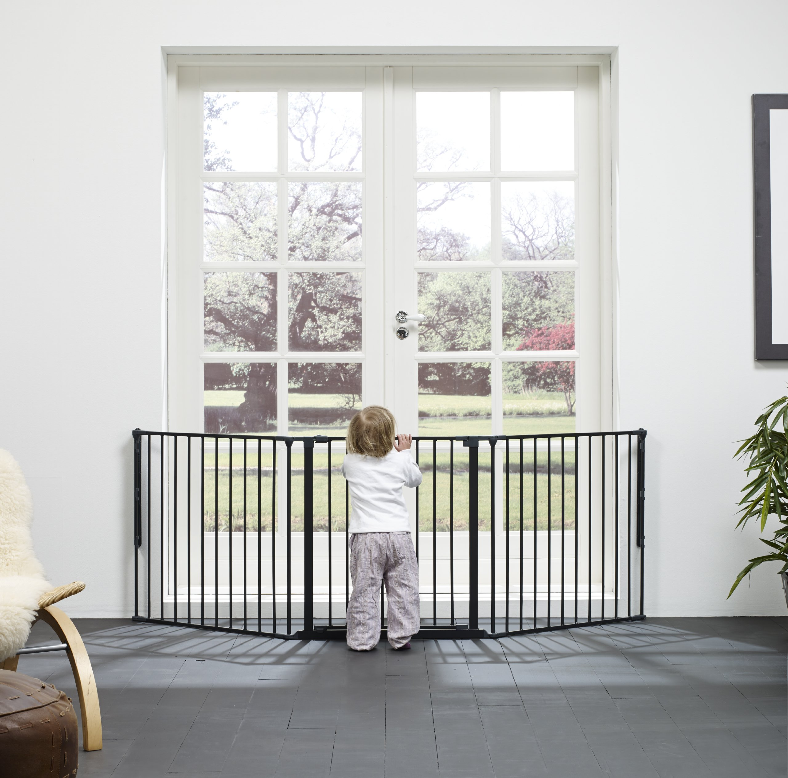BabyDan Configure (Large 90-223cm, Anthracite) BabyDan Only configure system fulfilling newest european safety standard Multi purpose room divider and gate for wider openings Flexible and easy to fit 2