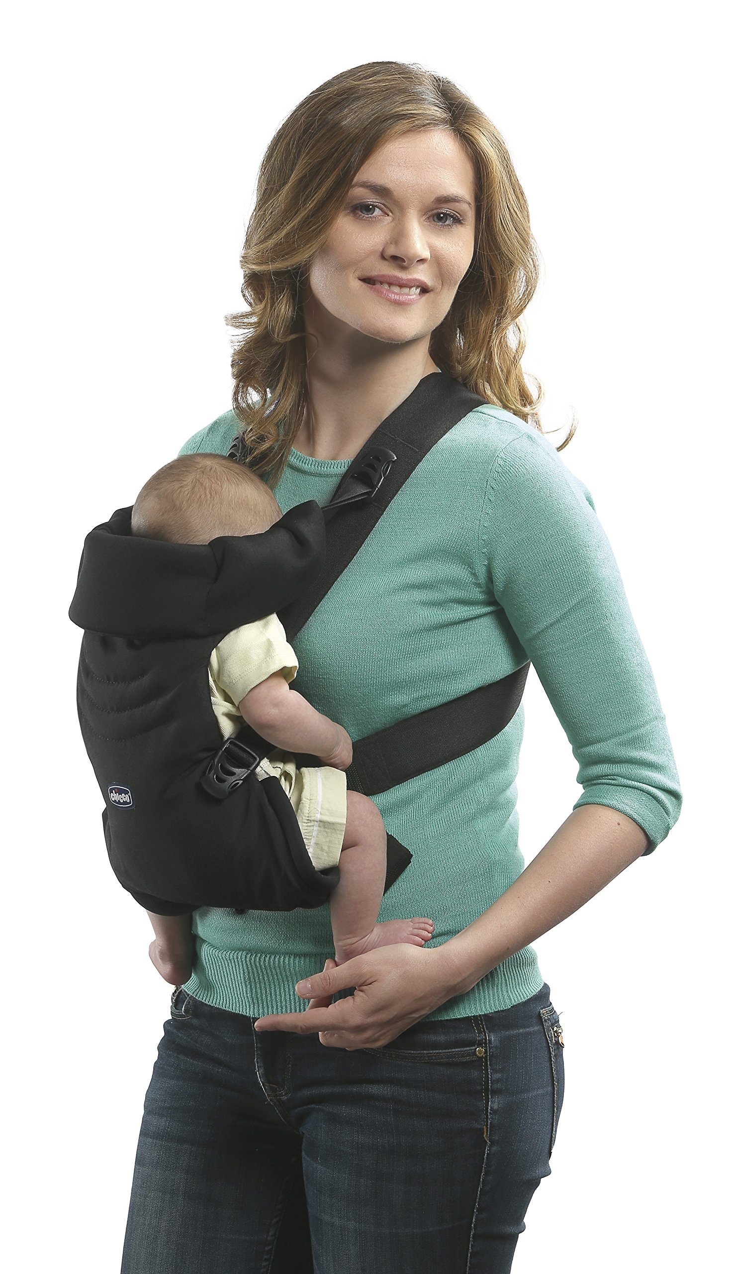 Chicco Easy Fit Sling Blue Passion Chicco The EasyFit is very comfortable for baby and practical for parents. It allows you to transport the child in a stand to parents from birth and facing the road from 4 months. Ergonomic, it ensures the correct position of your baby's hips, M, recommended by pediatricians. 3