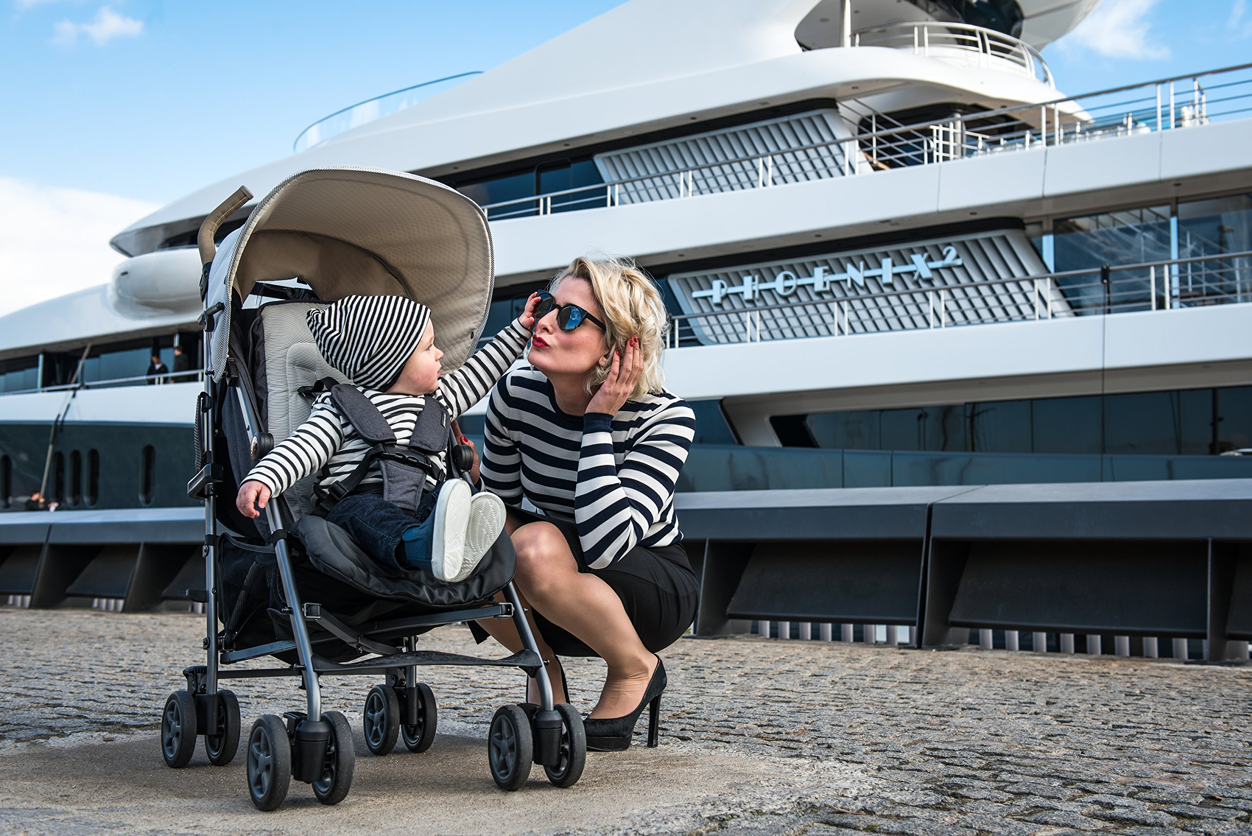 Easywalker Buggy Classic Breton  Suitable from birth 5 point 3 position harness Four recline positions with near flat recline 5