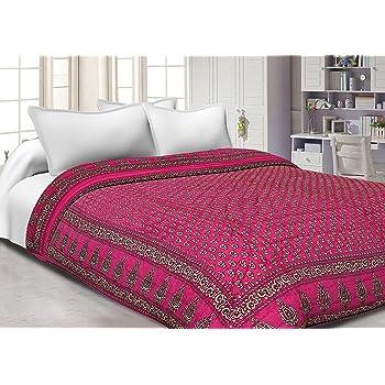 Mahadev Handicrafts Magenta Base Golden Print Fine Cotton Double Bed jaipuri razai/quilt