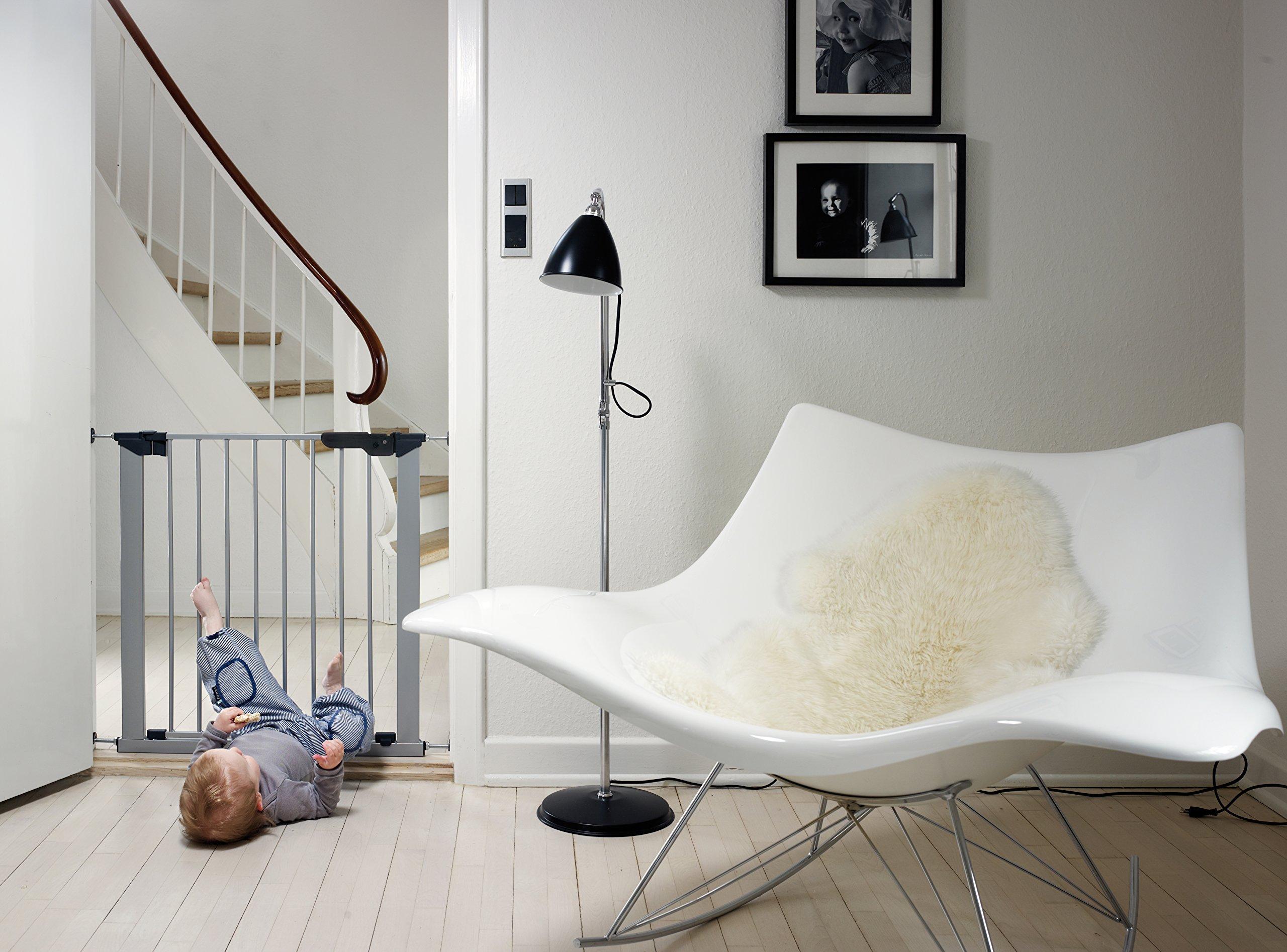 BabyDan Premier True pressure fit gate with indicator- Silver  BabyDan