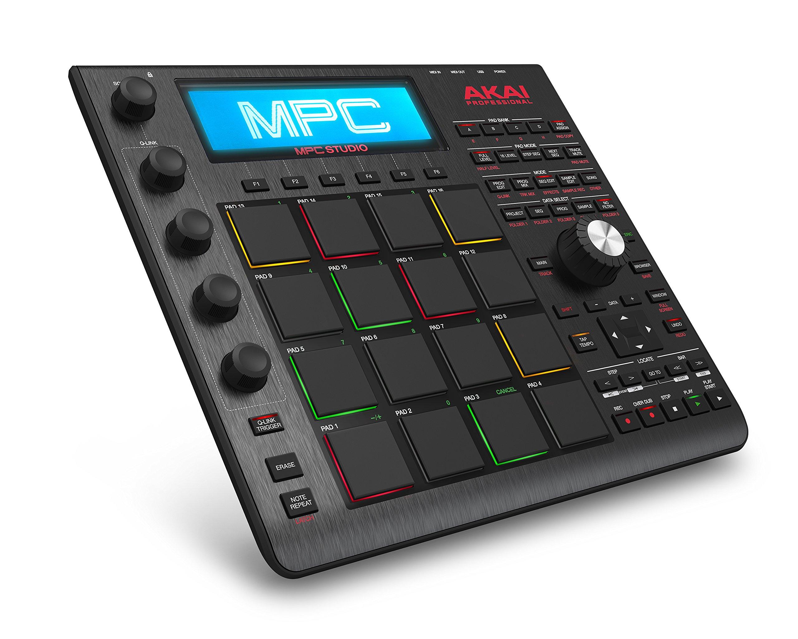 Akai Pro MPC Studio Black – Contrôleur à Pads MPC Ultra-Portable avec Logiciel MPC (en Téléchargement), Entrée USB, Écran LCD, Codeurs Tactiles, Design en Aluminium Brossé et Pochette en Neoprene