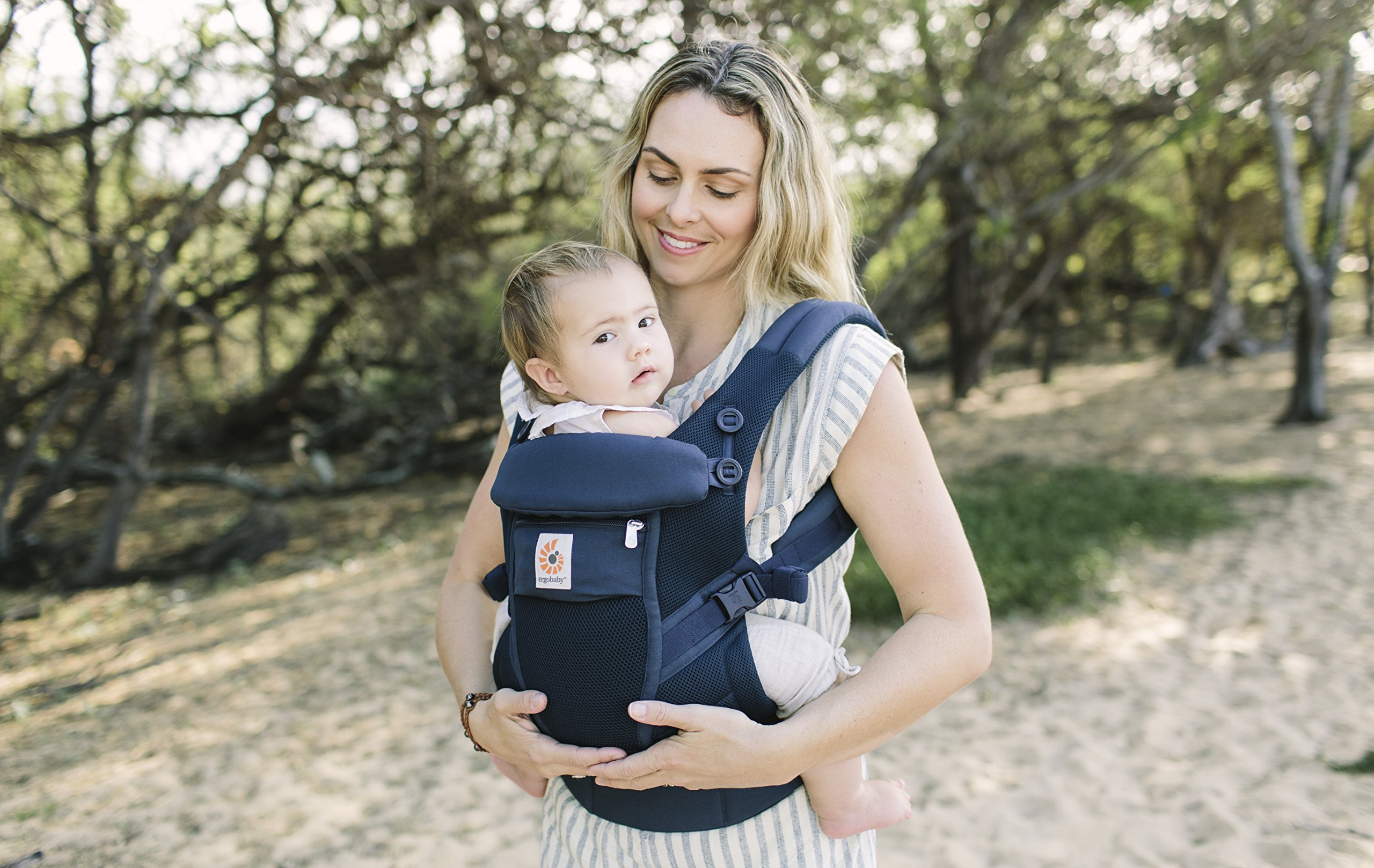 Ergobaby Baby Carrier for Newborn to Toddler up to 20kg, Adapt 3-Position Cool Air Mesh, Deep Blue Ergobaby Ergonomic bucket seat gradually adjusts to a growing baby from newborn to toddler (3.2 -20kg) No infant insert required 3 ergonomic carry positions: front-inward, hip and back 4