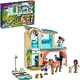 LEGO Friends La Clinica Veterinaria di Heartlake City, Playset con Mini-doll di Mia, Savannah e Donna con Cavallo, 41446