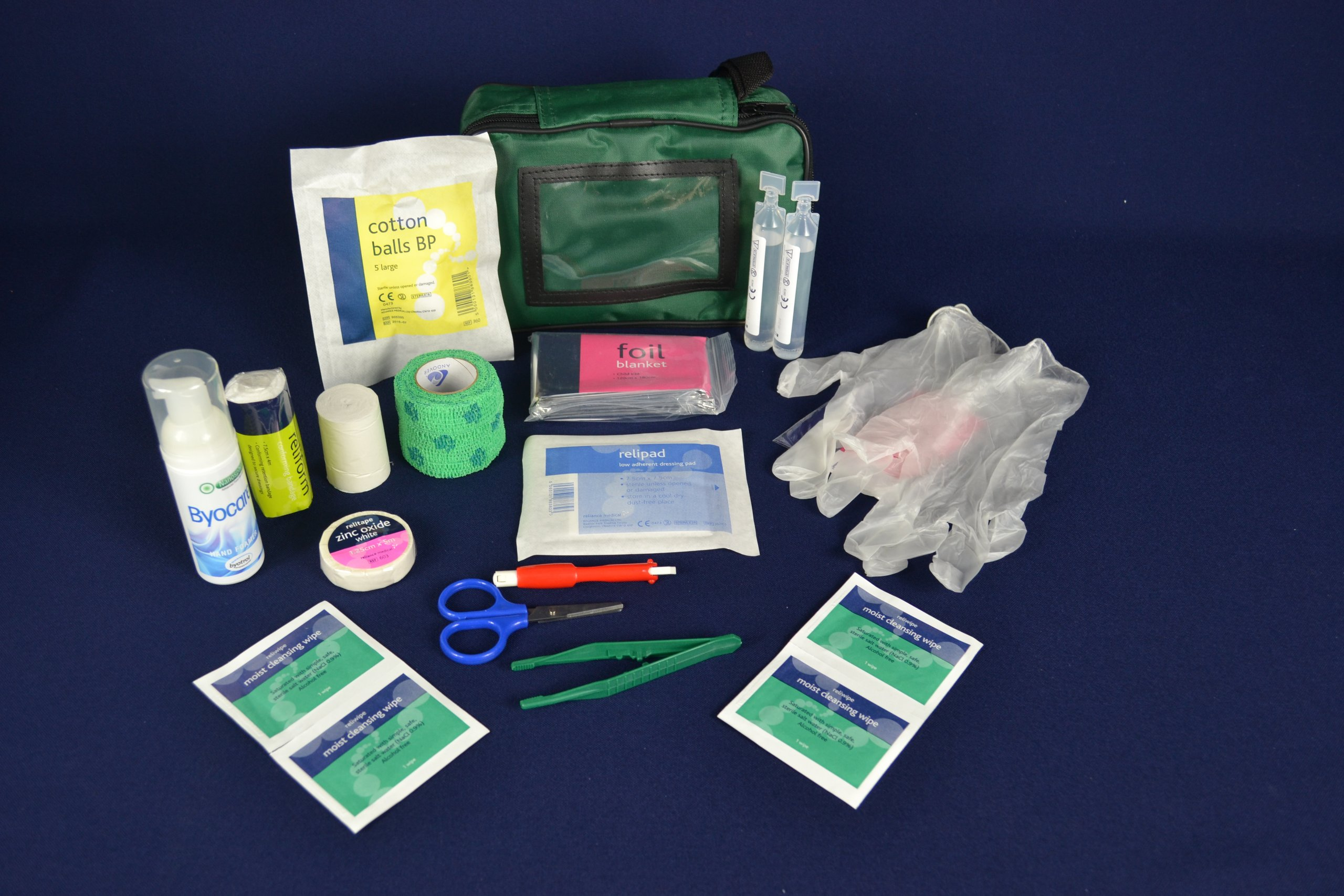 Warwick Whelping Boxes Pet First Aid Kit Comprehensive with paw print bandage and 50ml Hand sanitiser foamer CPR guide and Toxic foods leaflets included 3