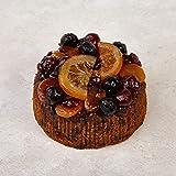 The Cakeology Co. Bakery, Torta in confezione di latta 14 cm - Torta alla frutta al brandy e decorata a mano con frutta candi