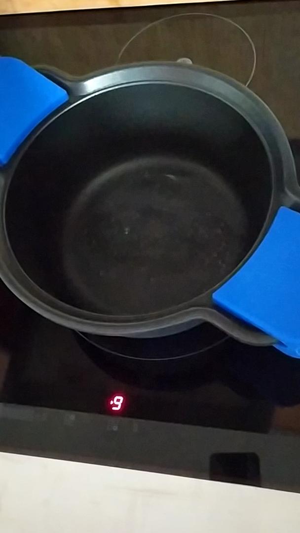 Monix Solid + Batería 5 Piezas de Aluminio Fundido con Antiadherente, Apta para Todo Tipo de cocinas Incluso inducción
