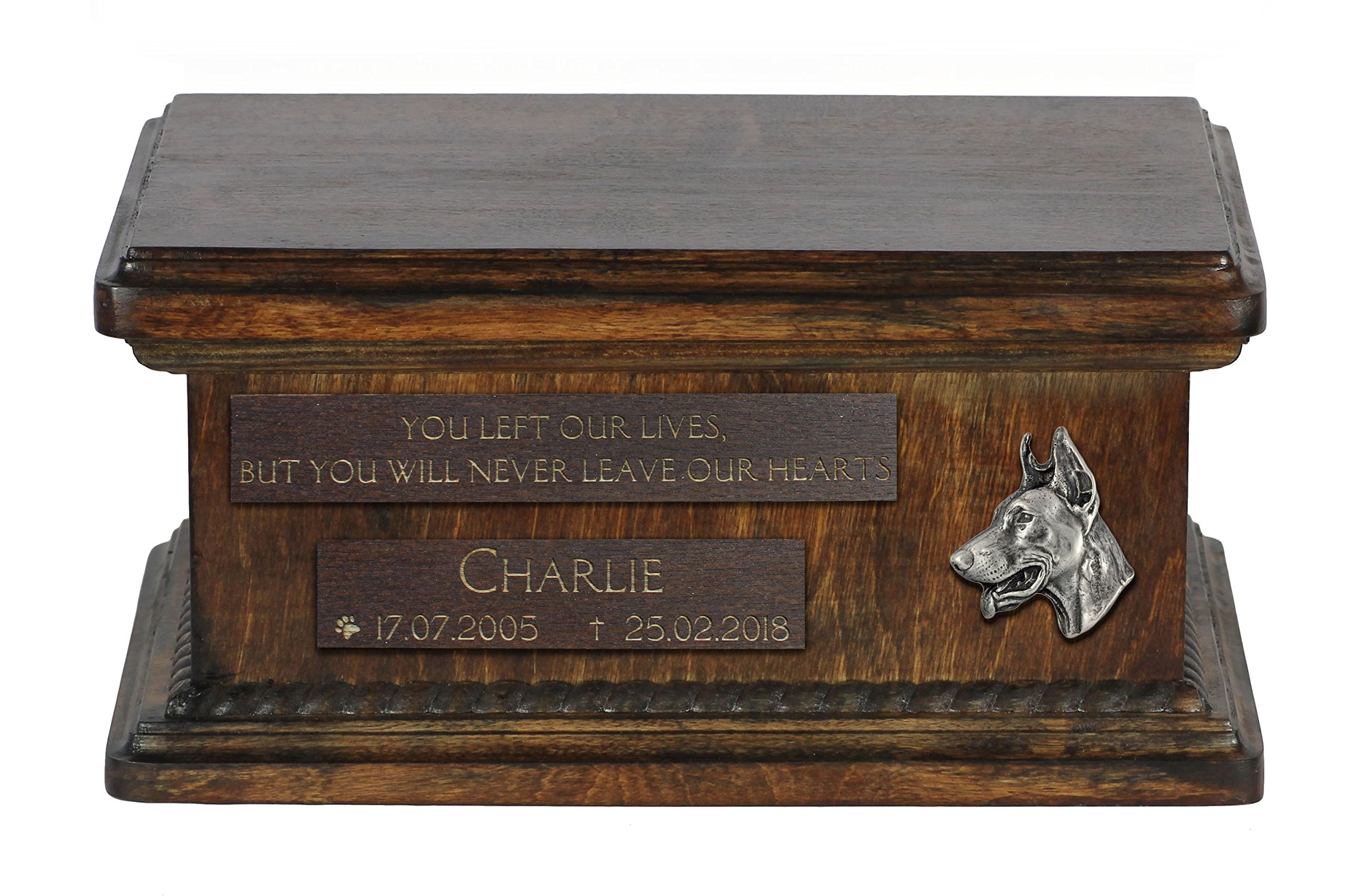 ArtDog Ltd. Doberman Pinscher, urn for dog's ashes with relief and sentence with your dog name and date