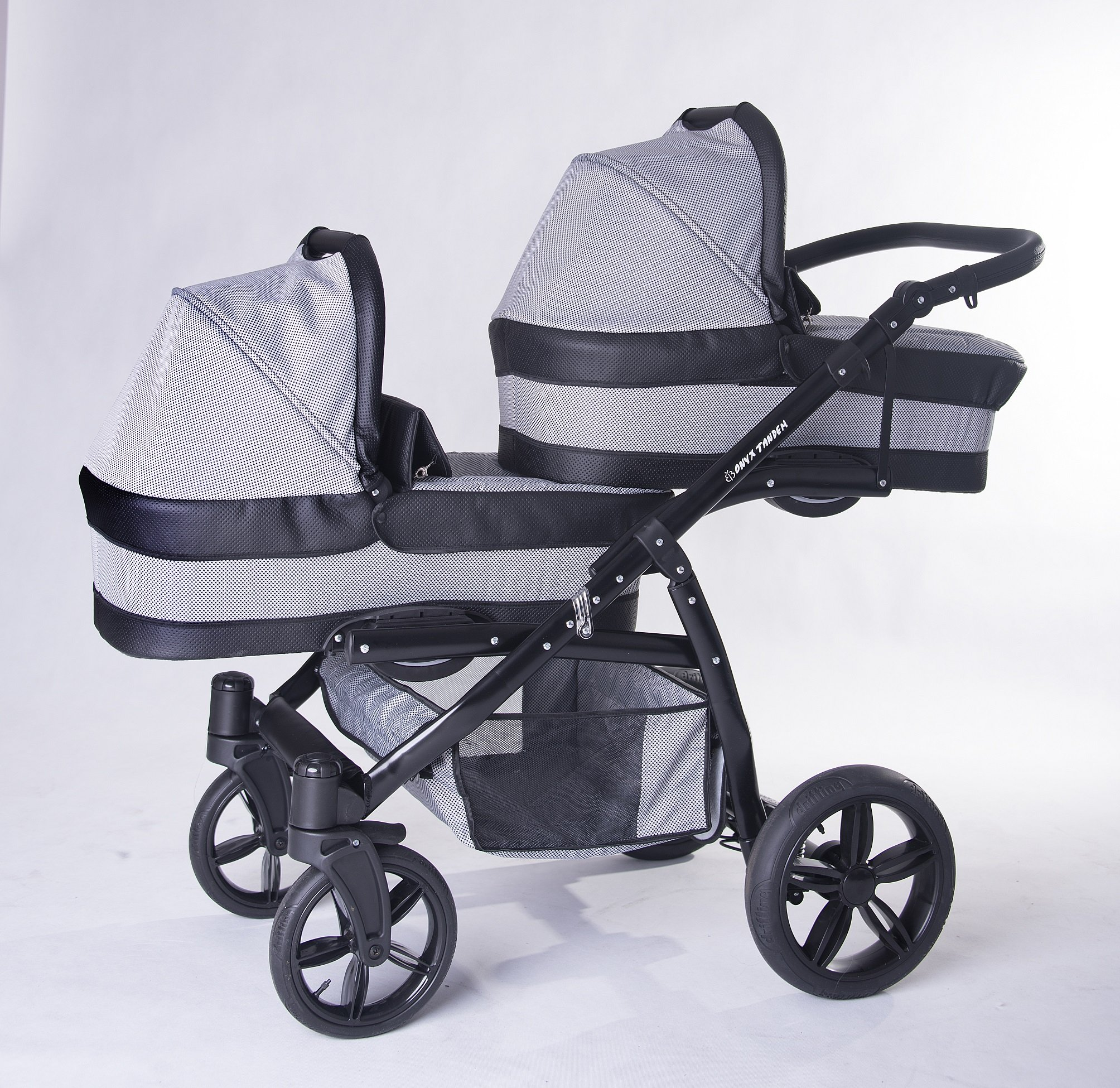 Twins pram 3in1: 2 carrycots + 2 buggies + 2 car seats + 2 ISOFIX + accesories. Grey + black ecoleather. BBtwin double pram Berber Carlo Directly from factory, guarantee color: grey + Mint, Made in the European Union, according to the standards PN-EN 1888 Includes: 2Maxi-Cosi + 2chairs + 2Car Seats group 0+ isofix 2bases + Bag + 2Plastics, rain + 2nets + 2x Baby safety + 2Bars for the chairs. Dimensions: Length with two Maxi-Cosi: 134cm Width of the car chassis: 62cm folded: 89X 62X 30cm wheeled chassis with chairs/Maxi-Cosi Weight: 17kg, Weight: 9kg, handlebar height: 75cm to 105cm, tote bag inside: 79X 33cm, Chair: 93X 37cm 1