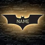 Luce notturna a LED decorativa con pipistrello Batman, personalizzabile con nome inciso al laser, per la cameretta dei bambin