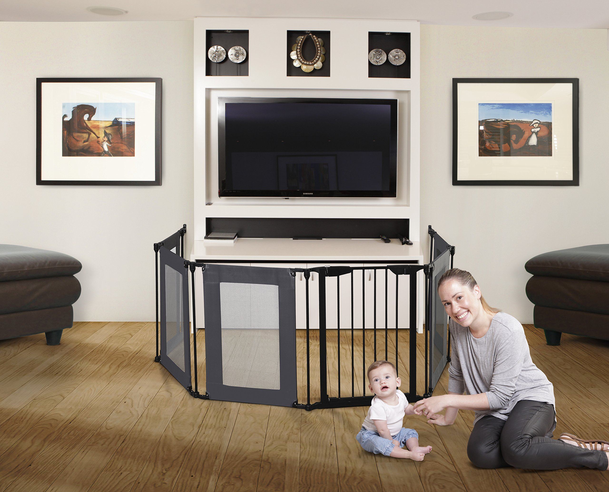 Dreambaby Brooklyn 3-in-1 Converta Dreambaby 6 modular panels including covenient walk-through gate Arrange panels to your specific layout Can be used as either a play-pen or extra-wide barrier gate 4