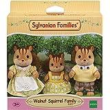 Sylvanian Families Plastic Walnut Squirrel Family, Multicolour, 4 Piece Set