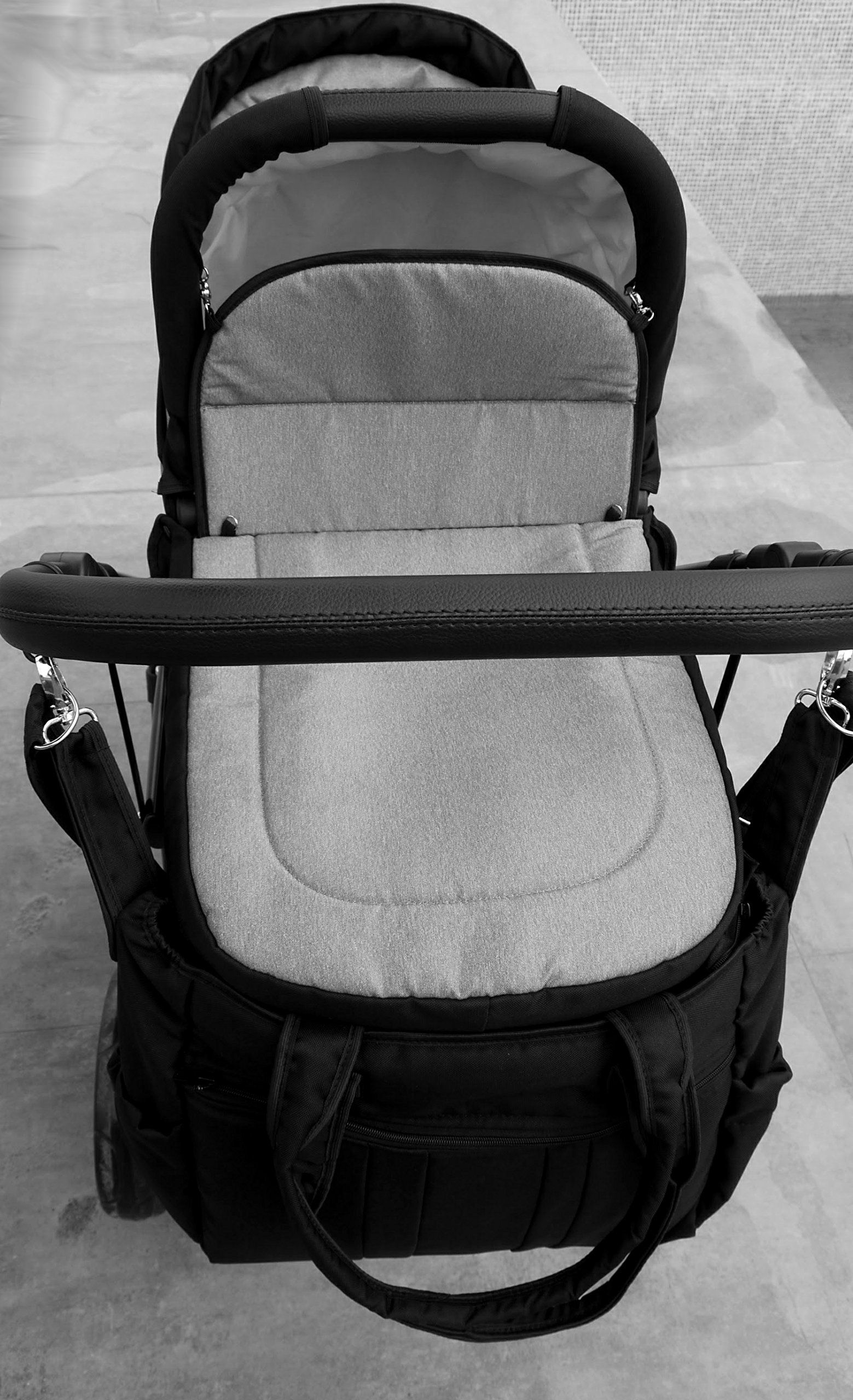 Double pram for twins. 2 carrycots + 2 buggies + 2 car seats. Grey. BBtwin Berber Carlo Directly from the factory, warranty and advice. Made un the EU according to the regulations EN1888 and ECE44/04. Colour grey. Includes 2 carrycots, 2 buggy seats, 2 car seats, bag, 2 footcovers, 2 rain covers, 2 mosquito nets, lower basket. Features: lightweight aluminium frame, easy bending, adjustable handlebar, central brake, lockable front swivel wheels, shock absorbers, each buggy can be instaled independently in both directions, carrycots with a mattress and a washable cover, backrest adjustable in various positions, safety bar and harness of 5 points 9