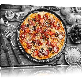 Köstliche Pizza Auf Pizzablech Schwarzweiß Format 60x40 Auf
