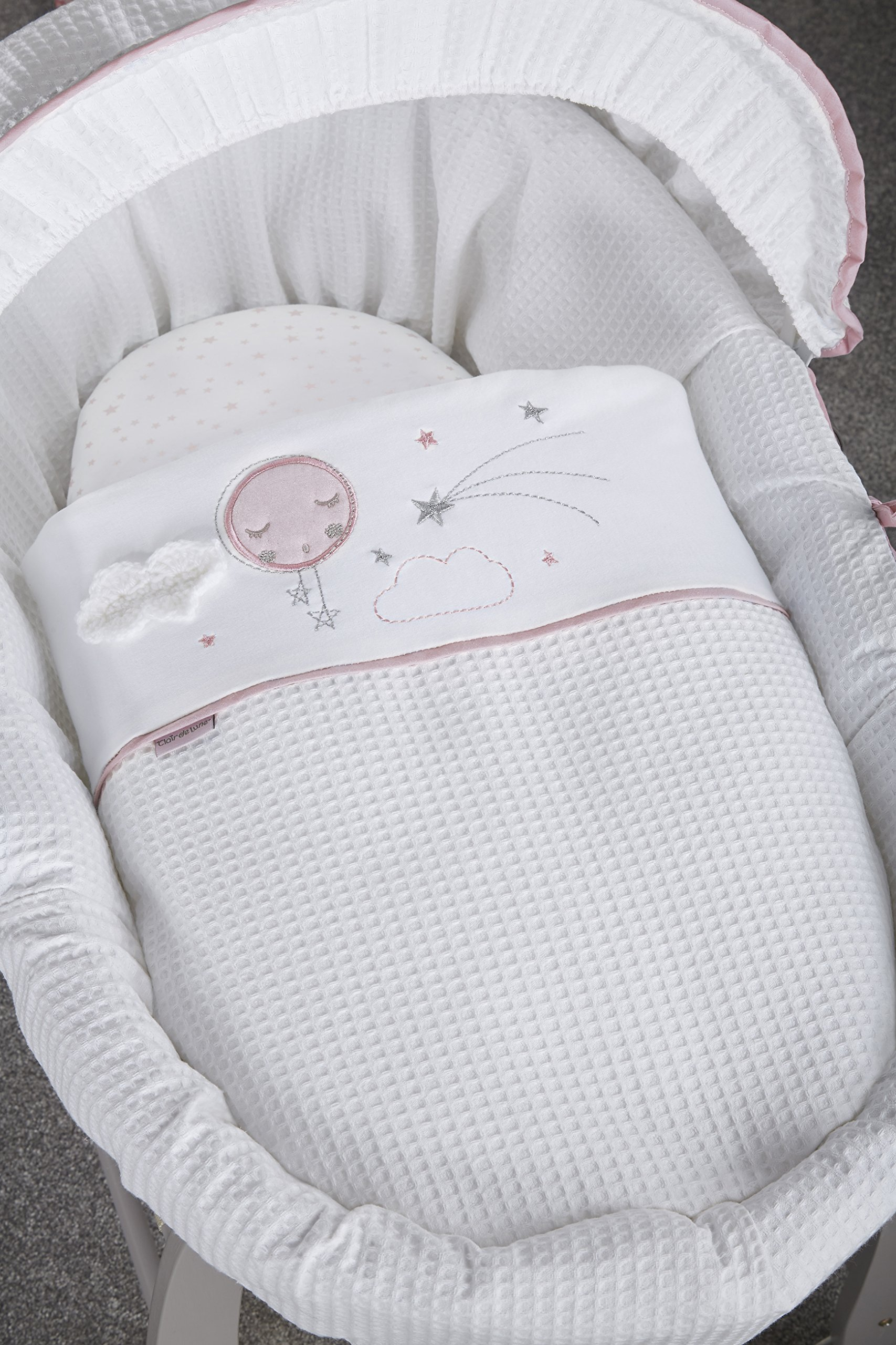 Clair de Lune Wicker Moses Basket, Pink/Grey, Over The Moon Clair de Lune Made from 100% super soft cotton fabric, featuring star prints and a sleepy moon with crocheted cloud appliqué for the perfect finishing touch. Comes complete with a removable, adjustable hood, padded liner, coverlet, 2 carry handles, and a mattress. *stand sold separately. Adjustable hood that's perfect for creating a cosy sleeping space for your precious little one. 4