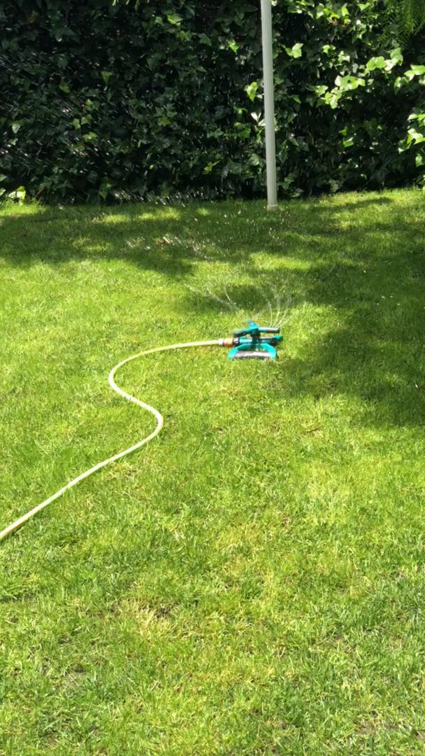 Kupton Sistema de aspersión para jardín, Cabezal aspersor Ajustable con Giro de 360°, Sistema de riego por aspersión para césped con 3 Brazos, Cubre un área de hasta 3600 pies Cuadrados: Amazon.es: Jardín