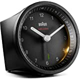 Braun Classic Radio Controlled Analogue Alarm Clock For Central European Time Zone (DCF/GMT+1) with Snooze and Light, Quiet M