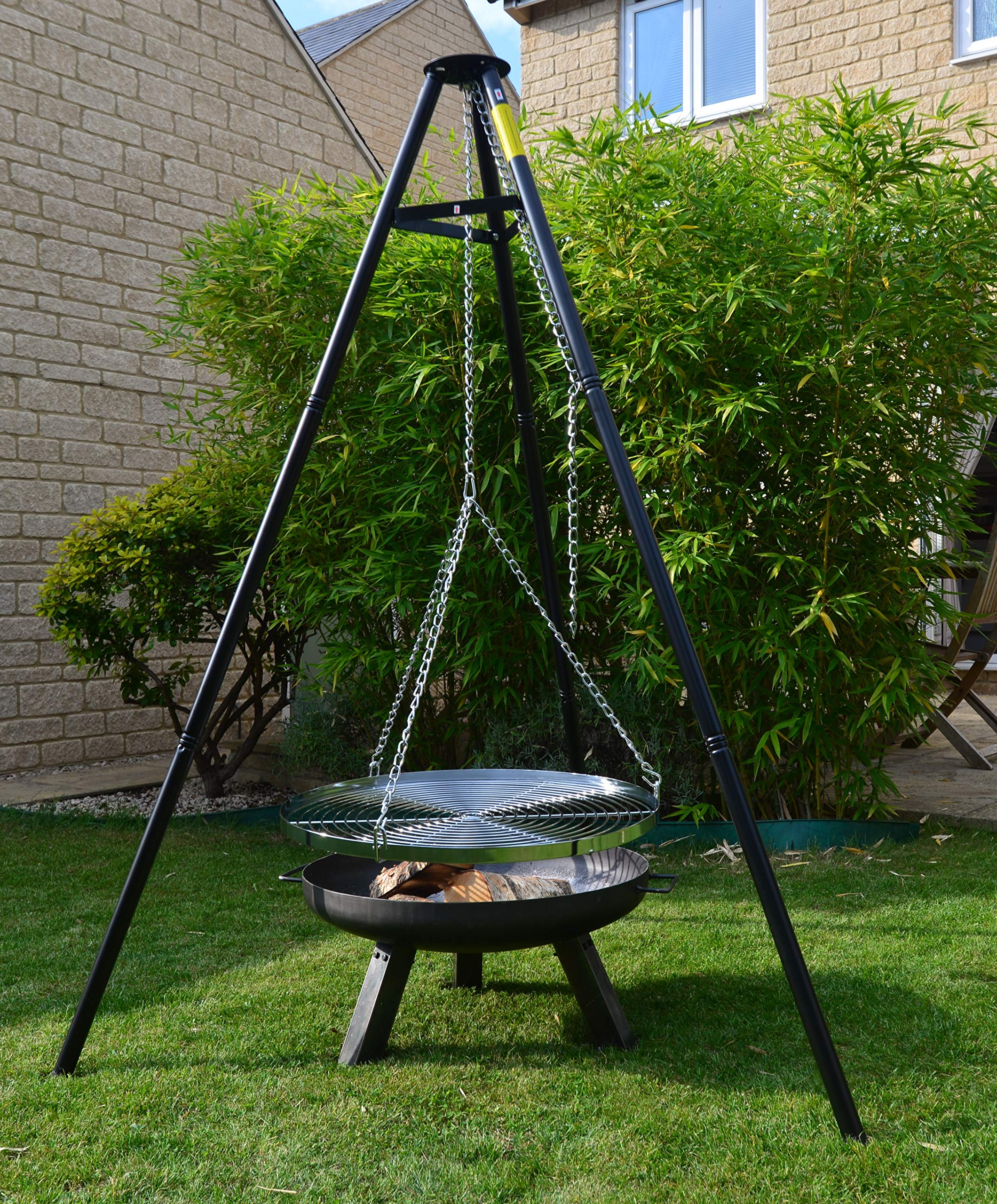 BBQ TRIPOD WITH HANGING GRILL WITH A FREE CARRY/STORAGE BAG 2