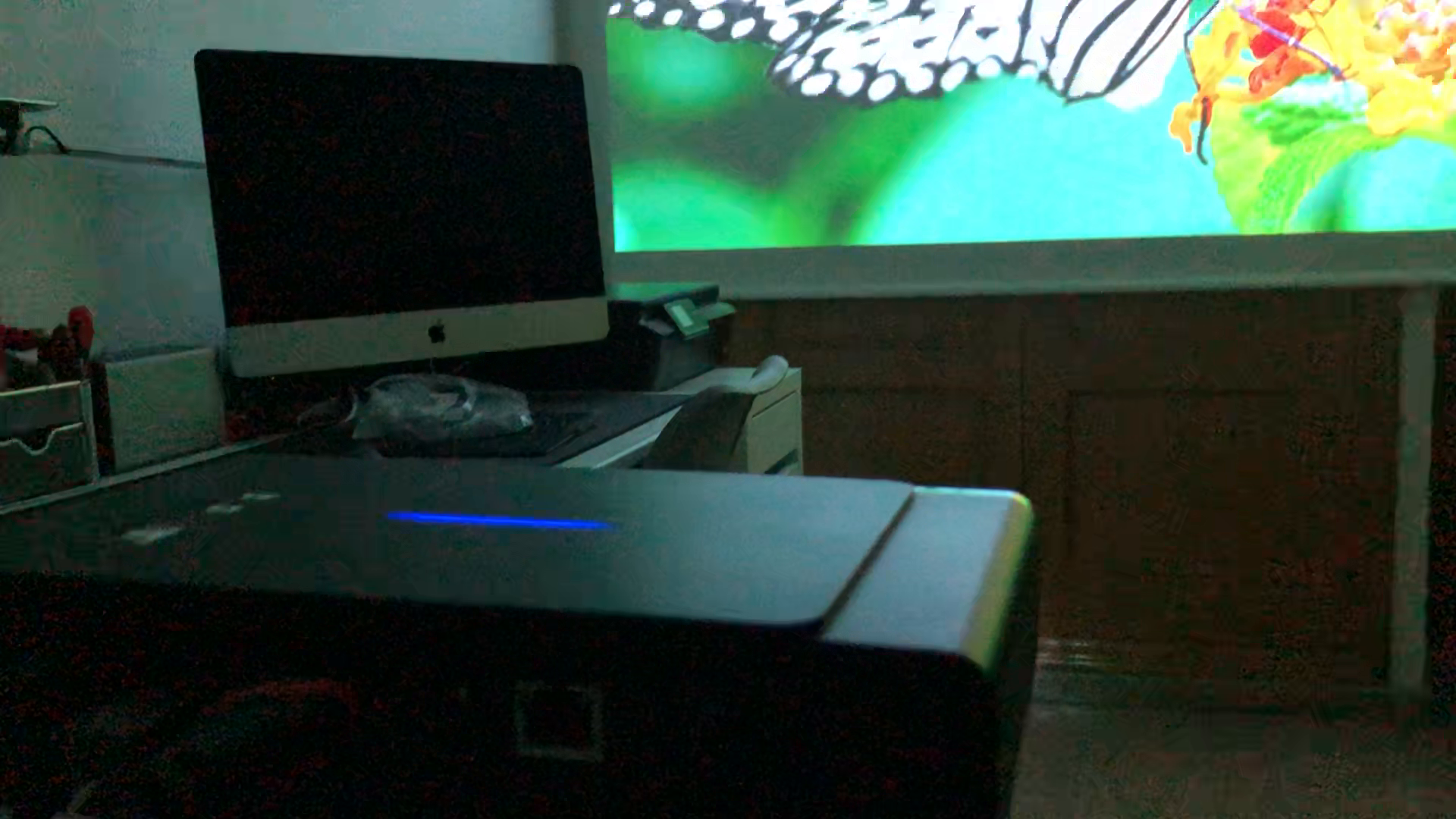 Tenswall Portátil Videoproyector, DLP Proyector 600ANSI Lúmenes de ...